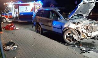Groźny wypadek w Izabelowie. Dwa rozbite auta, są ranni